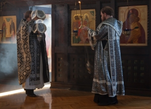 Lenten Presanctified Liturgy. Photo by Julia Makoveitchuk